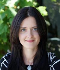 Fachübersetzerin für Medizin - Begleitung in Kliniken bei Untersuchung, Diagnose, Behandlung, Geburt und Operation - Olga